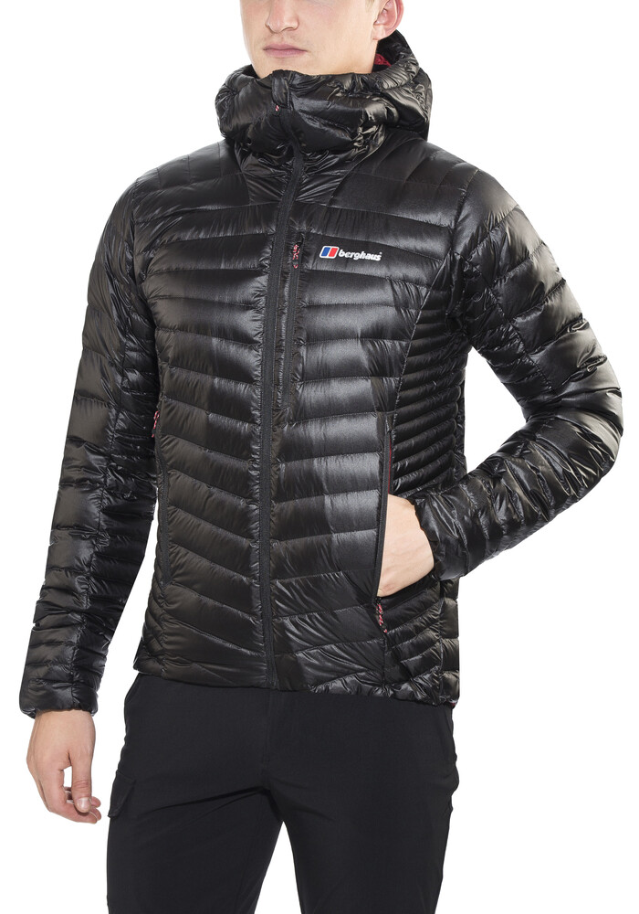 The North Face Bergsportjacke >> Berghaus Extrem Micro Down Jacket Men Jet Black/Red Dahlia | campz.ch